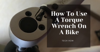 how to use a torque wrench on a bike